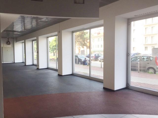 Spazio Commerciale – Milano  Via Ripamonti/ angolo Via Chopin